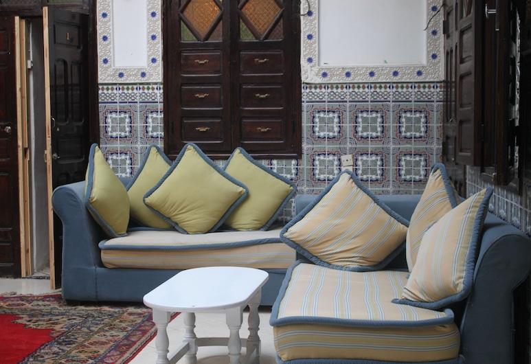 Riad Beautiful Dreams, Marrakech, Lobby Sitting Area