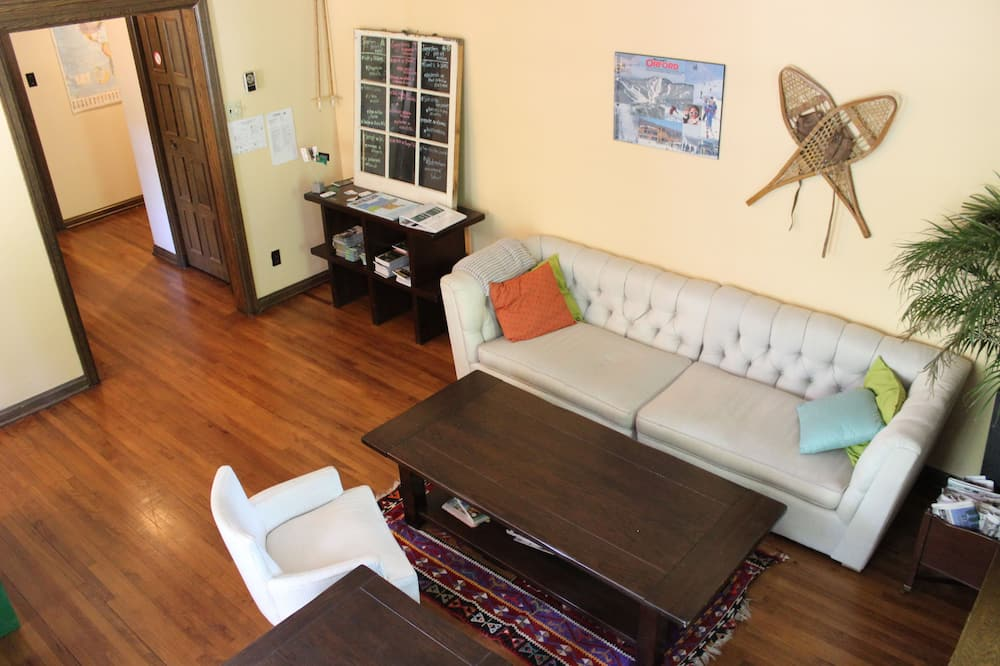 Habitación económica, Varias camas - Sala de estar