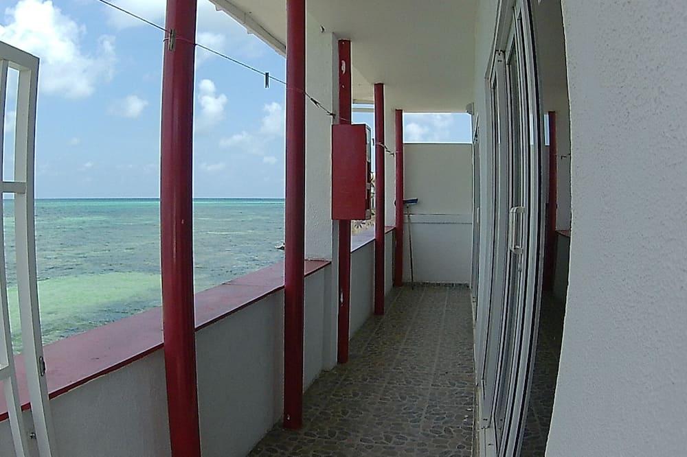 Апартаменти, 2 спальні, з видом на море - Балкон