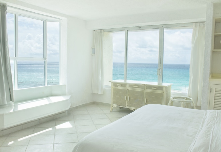 Rodero by Solymar Beachfront Condos in Hotel Zone, Cancun, 3602: Economy Condo, 1 Bedroom, Sea View, Oceanfront , Guest Room