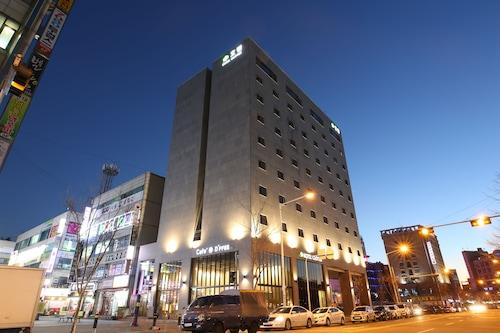 三葉草飯店/