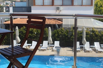 Enter your dates for special Cesme last minute prices