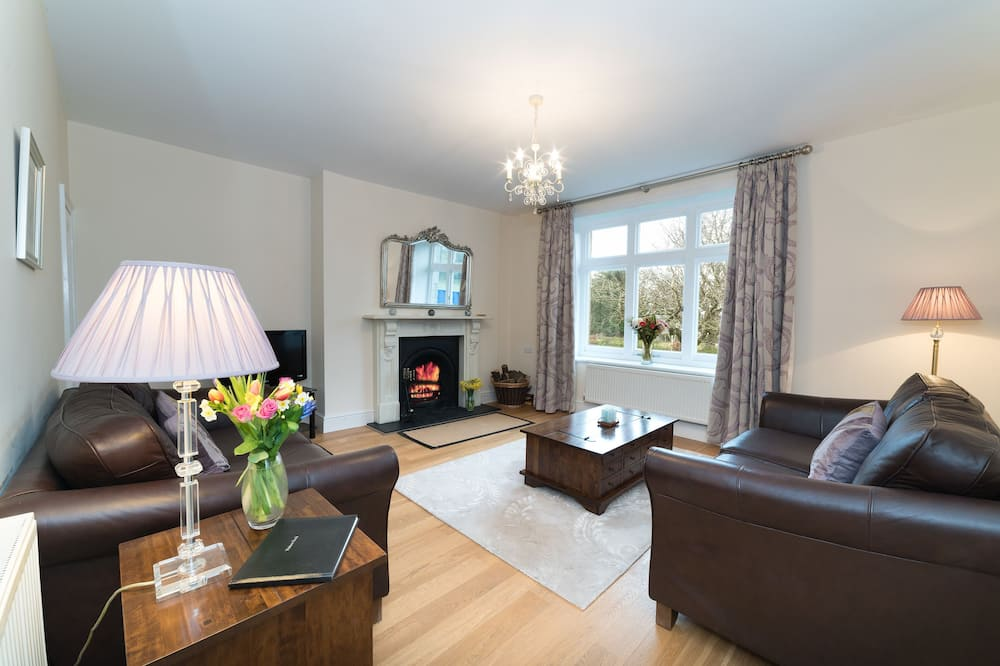 Cottage, 2 Bedrooms (Is y Coed) - Living Room