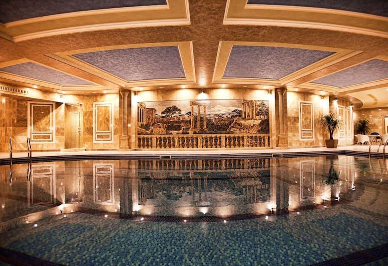 Multi Grand Pharaon Hotel, Yerevan, Binnenzwembad