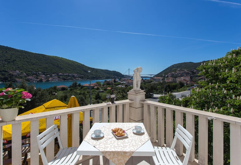 Guest House Rosa Bianca, Dubrovnik, Vista do hotel