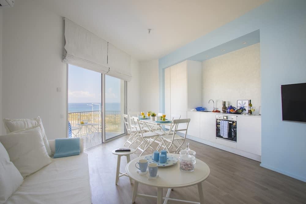 Deluxe Apartment, 1 Bedroom, Sea View - Ruang Tamu