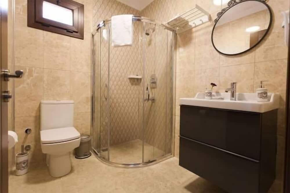 Deluxe-dobbeltværelse - udsigt til have - Badeværelse