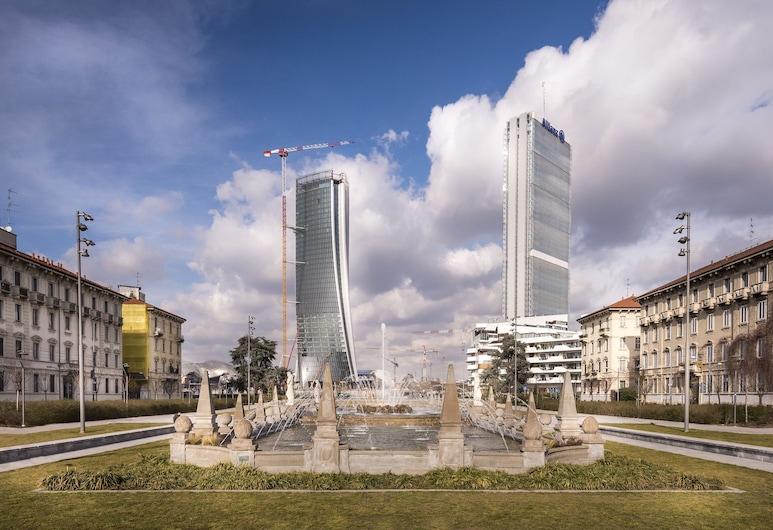 City Life – RentClass Poliuto, Milan, Property Grounds