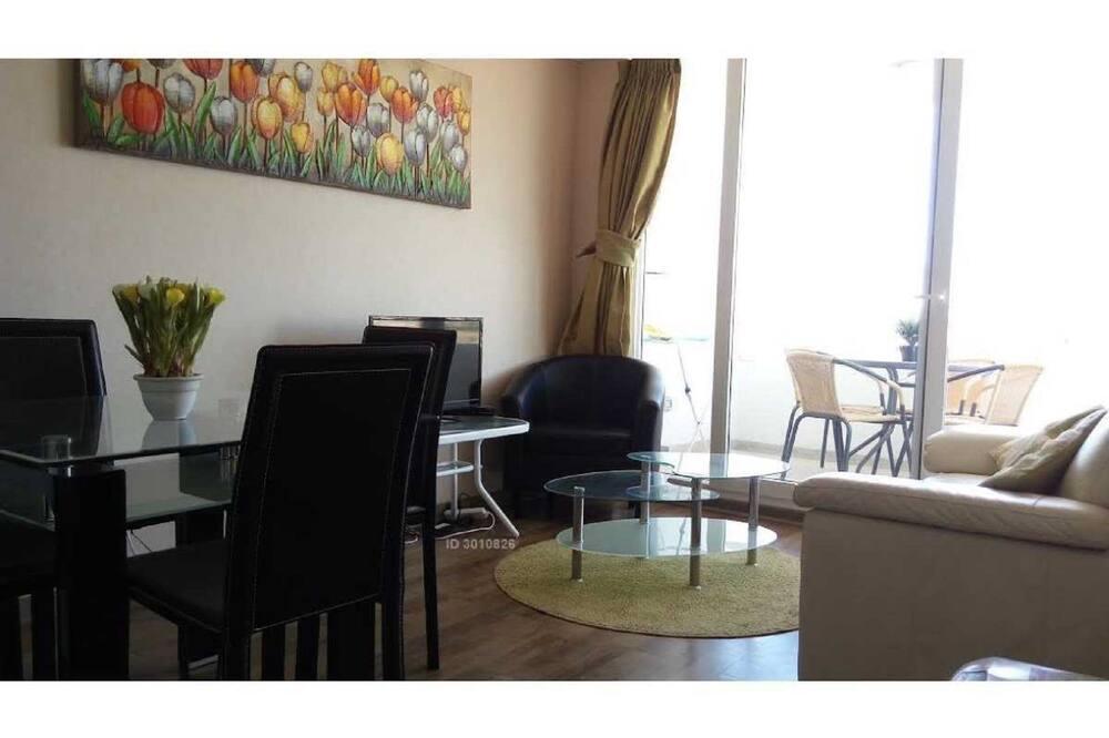 Familie appartement, 2 slaapkamers, terras - Woonruimte