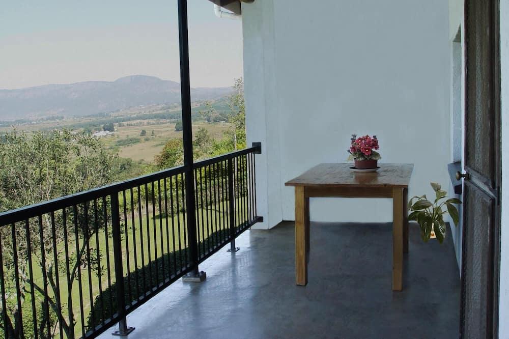 Luxury Chalet - Balcony