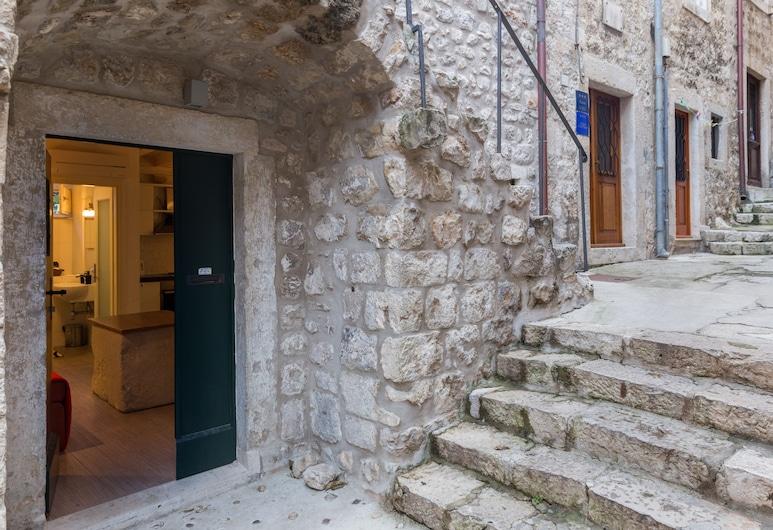 Apartments & Rooms Kerigma, Dubrovnik, Estúdio luxo, Terraço, Vista para a cidade, Entrada do hotel