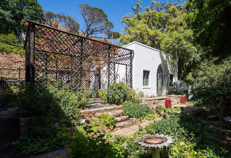 The House of Grace, Cape Town, The Chapel, Guest Room