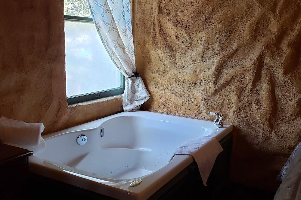 Bella Tuscany (Non-Pet Friendly) - Privater Whirlpool