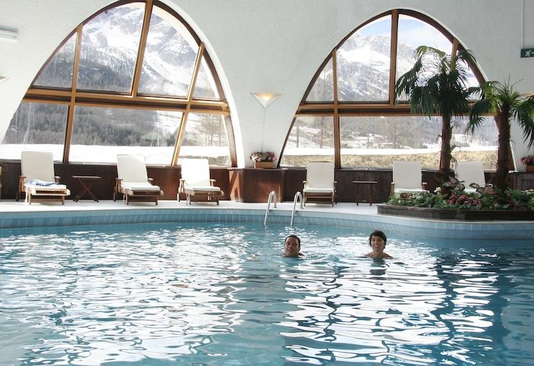 Miramonti Majestic Grand Hotel, Cortina d'Ampezzo, Pool