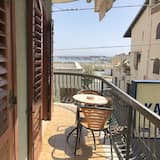 Family Studio, Multiple Beds, Kitchenette, Sea View - Balcony