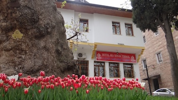 Enter your dates for special Bursa last minute prices