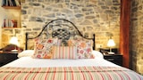 Hotels in Villaviciosa,Villaviciosa Accommodation,Online Villaviciosa Hotel Reservations
