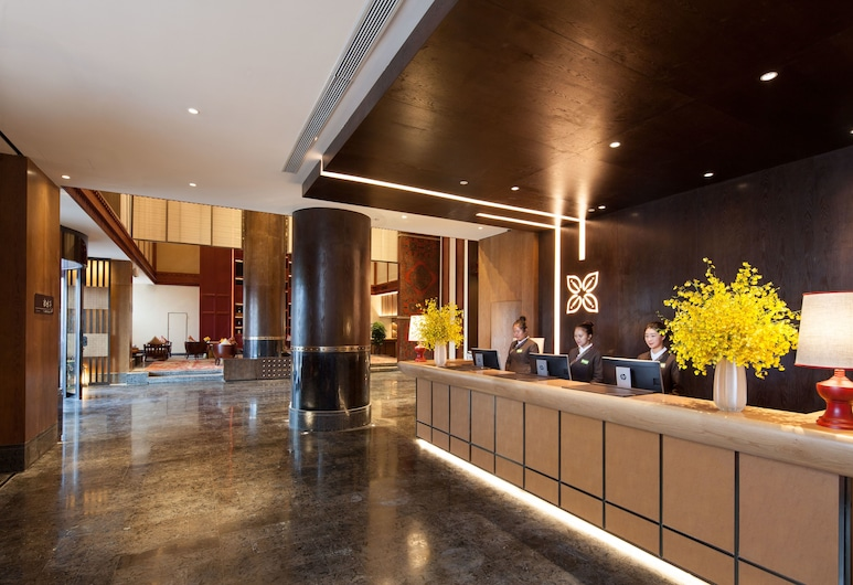 Hilton Garden Inn Shangri-La, Deqin, Reception