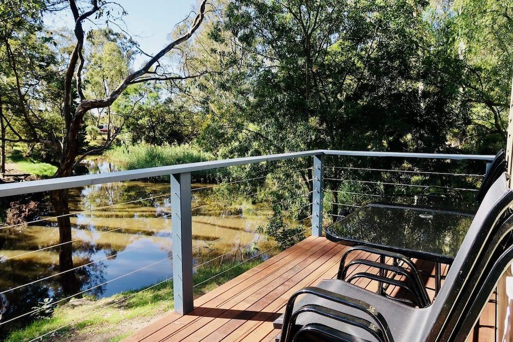Familien-Ferienhütte, Flussblick - Balkon