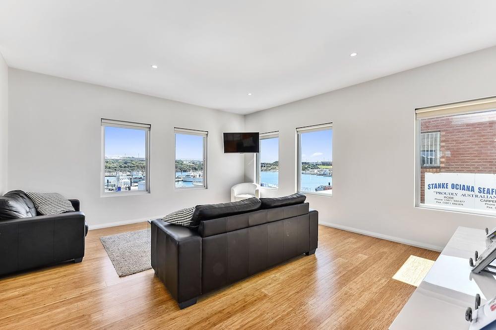 Superior-lejlighed - 3 soveværelser - balkon - udsigt til marina - Opholdsområde