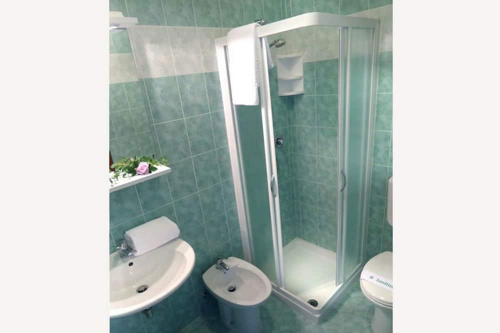 アパートメント 1 ベッドルーム (4 PAX) - バスルーム