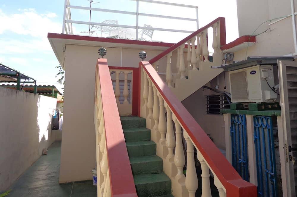 Basic Double or Twin Room - Balcony