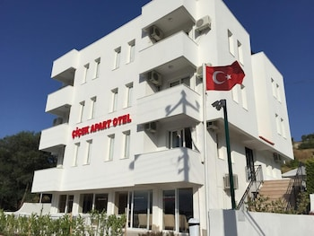 Picture of Cicek Apart Hotel in Cesme