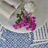 Dvojposchodový apartmán, výhľad na záhradu - Balkón