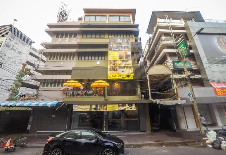 ベッド ボックス カオサーン ホステル, バンコク