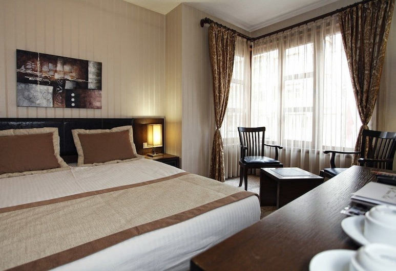 Dreamlife Hotel, Анкара, Чотиримісний номер категорії «Superior», Номер