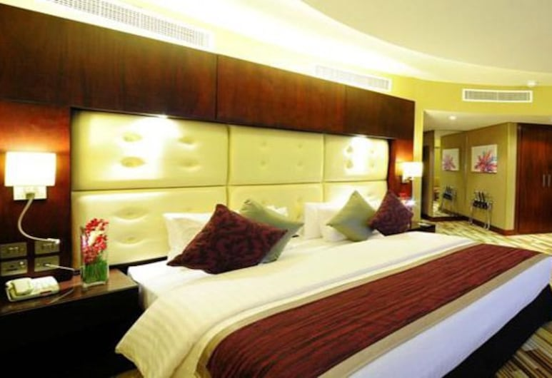 Monaco Hotel, Dubai, Deluxe Double or Twin Room, Balcony, Guest Room