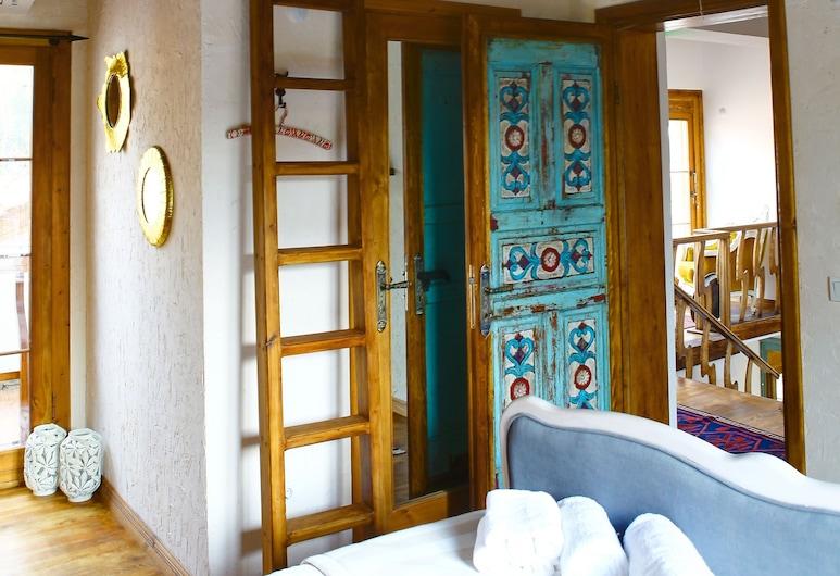 İbri Boutique hotel, İzmir, Design Oda, Birden Çok Yatak, Sigara İçilmez, Oda