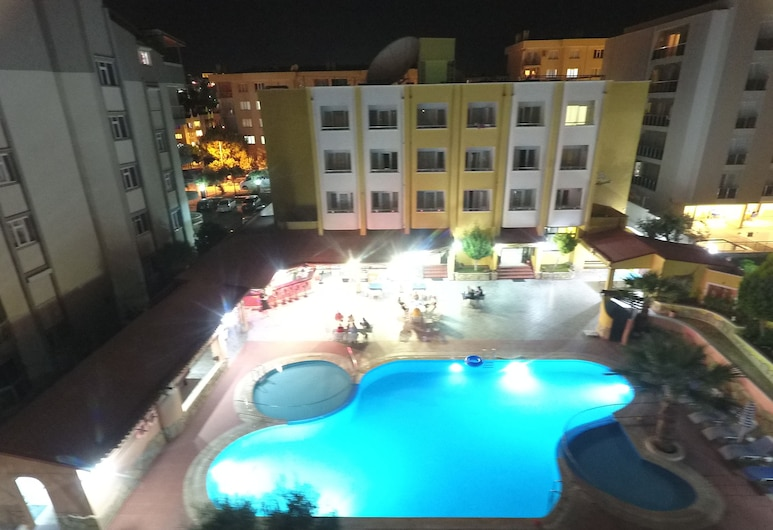 Oya Apartments, Kusadasi, Front of property