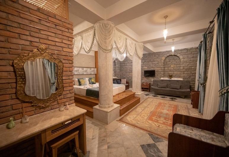 Portofino Boutique Hotel, Ula, Family Suite, Guest Room View