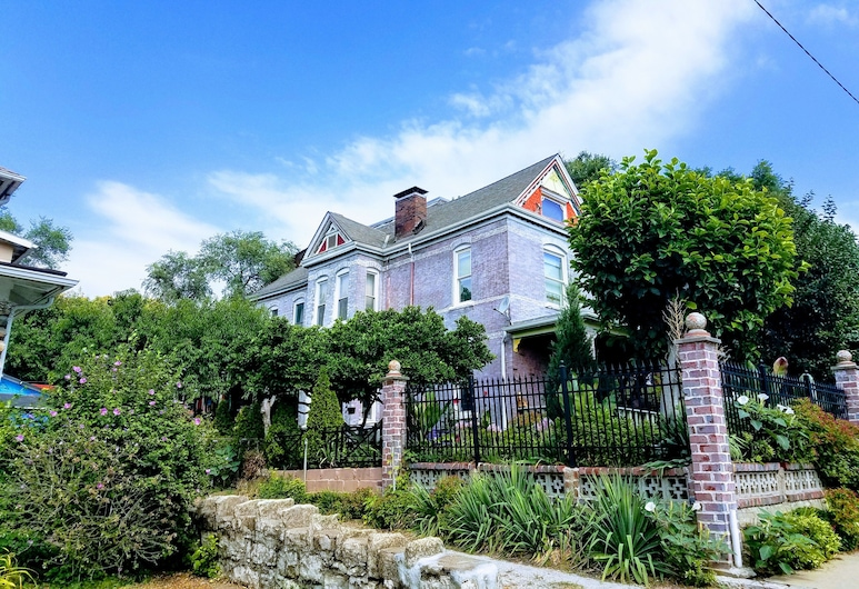 1812 Overture Bed and Breakfast, Kansas City