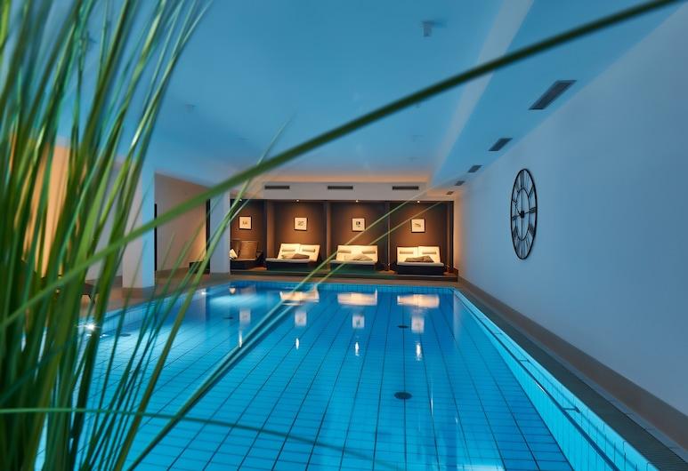 成人飯店 4 色調套房和 Spa 中心, 巴特格里斯巴赫, 室內游泳池