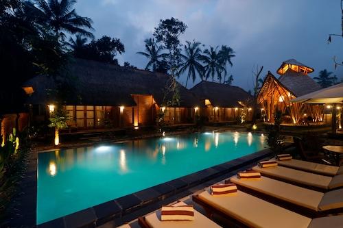 峇里島烏瑪傳統生態旅館/