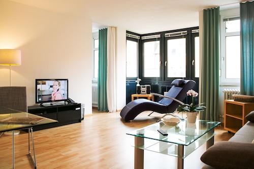 STADT-Hotel/
