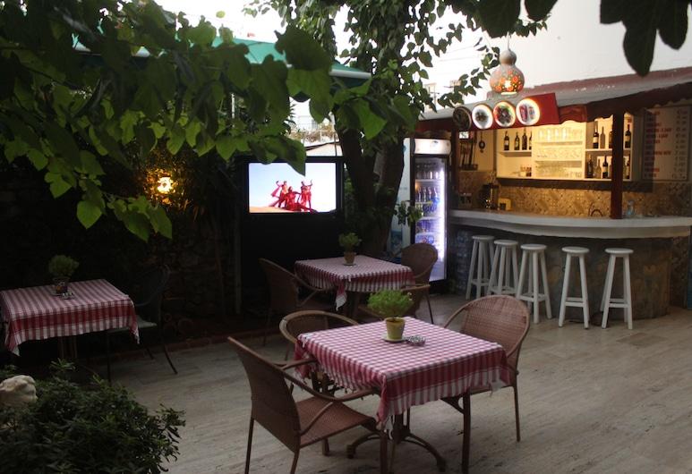 タイ パンション, ボドルム, ホテル バー