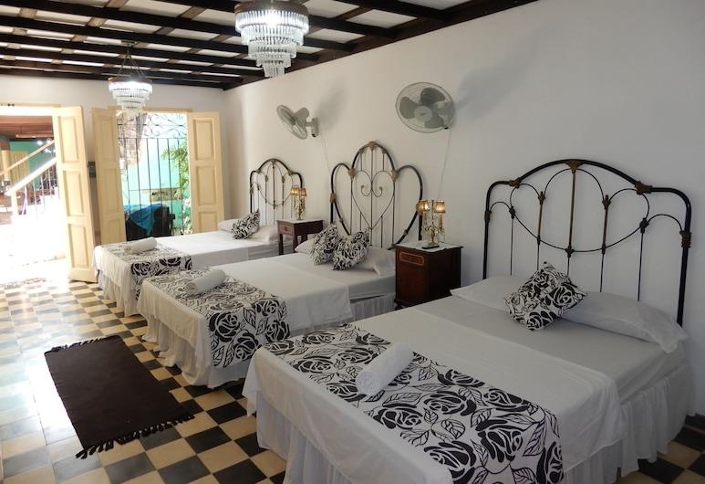 Casa Tona, Trinidad, Elite Üç Kişilik Oda, Oda Manzarası