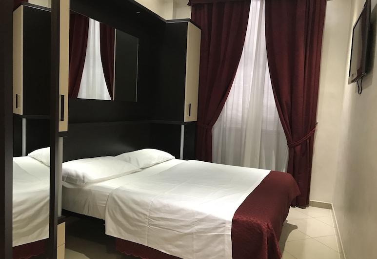 甜心酒店, 羅馬