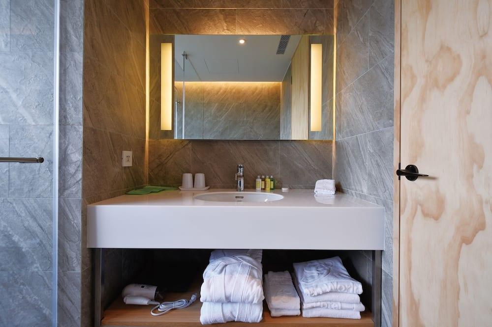 Chambre Triple Ville - Salle de bain