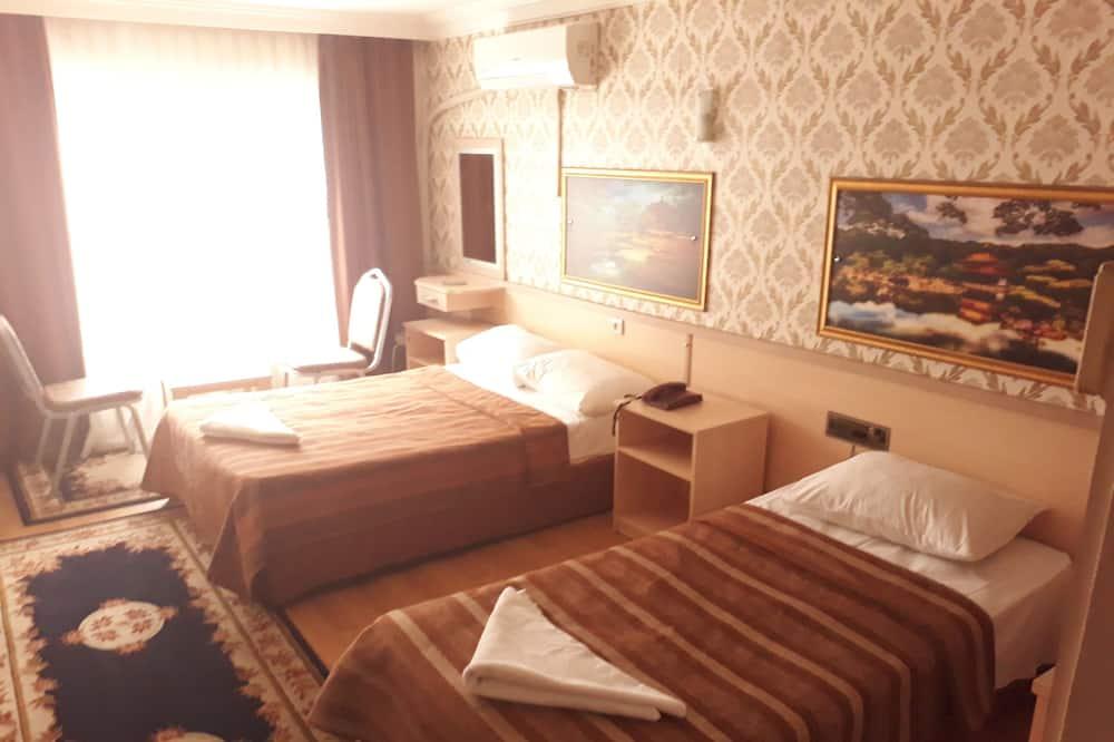 Economy trokrevetna soba - Soba za goste