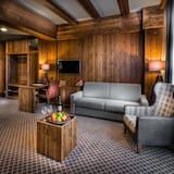 Deluxe Double Room - Living Area