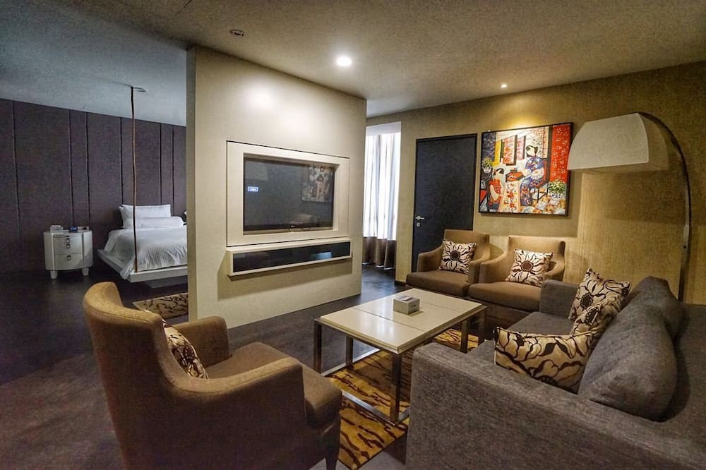 Suite (Bedrock) - Wohnzimmer