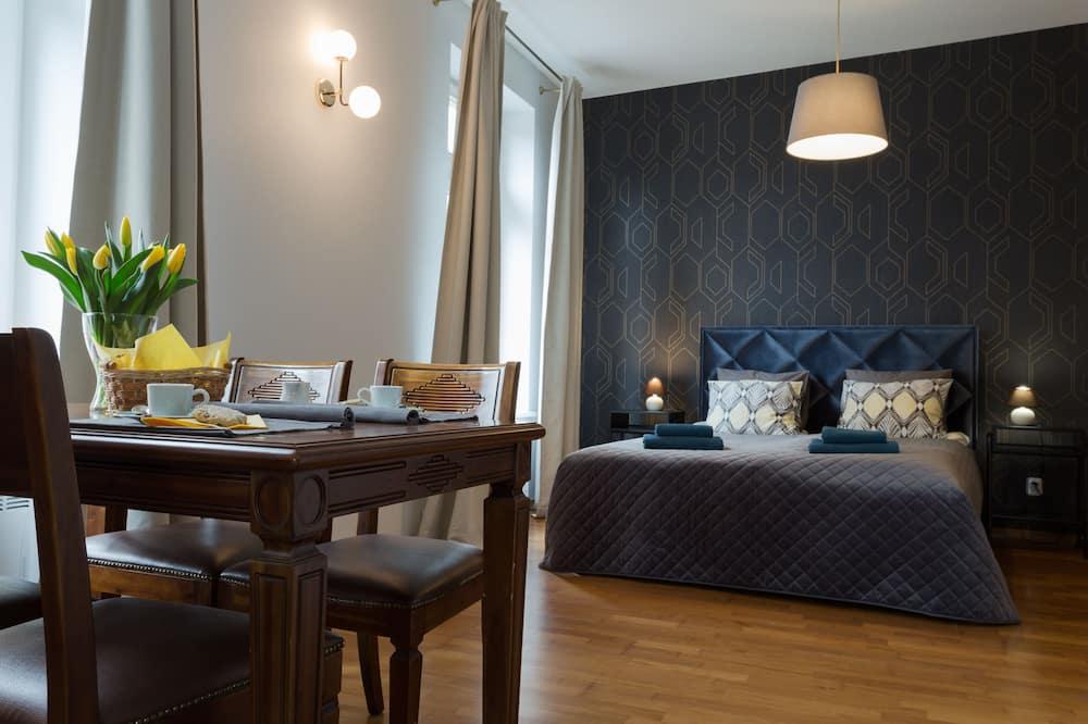 Deluxe Studio Suite, 1 Katil Ratu (Queen) dengan Katil Sofa - Ruang Tamu
