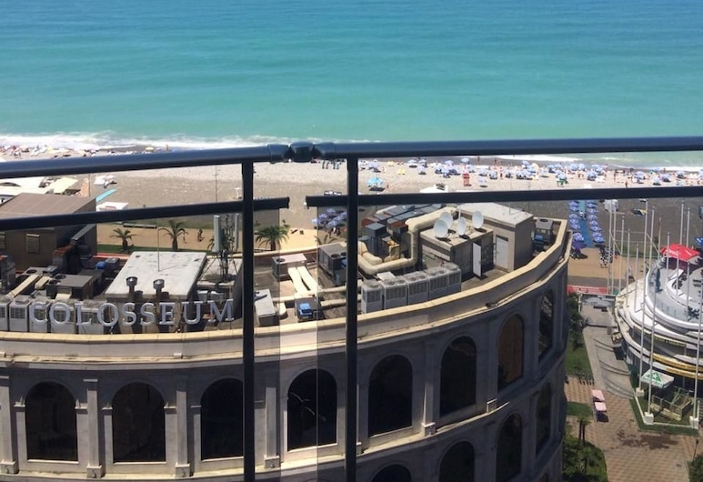 大皇家公寓飯店, 巴統, Superior Apartment with Panoramic Sea view, 露台