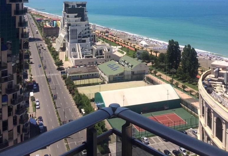 Grand Royal Apart-Hotel, Batumi, Superior Apartment with Panoramic Sea view, Terasa / vidinis kiemas