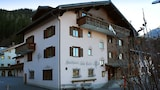 Choose This Mid-Range Hotel in Klosters-Serneus