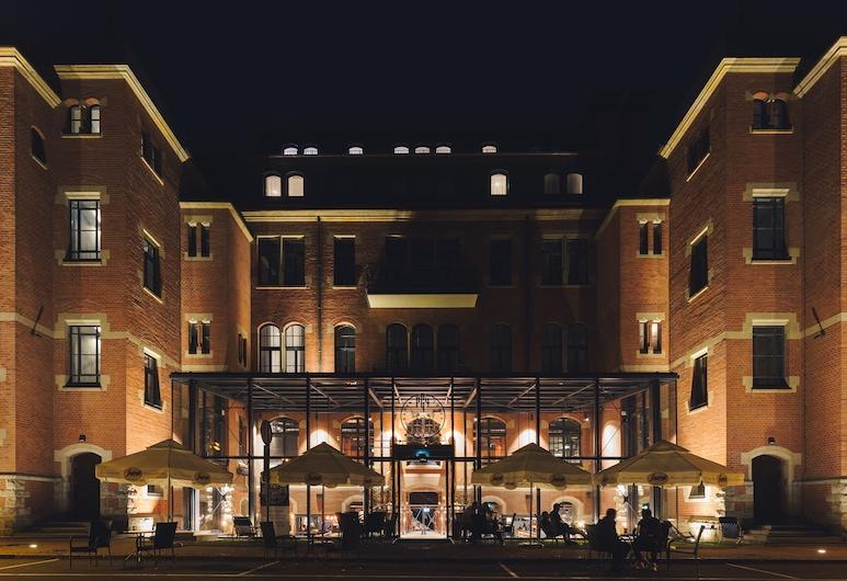 Craft Beer Central Hotel, Gdansk, Hótelframhlið - að kvöld-/næturlagi